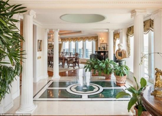 Un appartement à vendre 100 millions de dollars