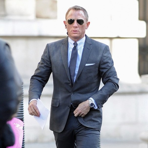 daniel-craig-james-bond-skyfall-ray-ban